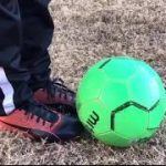 """How to play Soccer or """"Football"""" – Serge Super − アフィリエイト動画まとめ"""